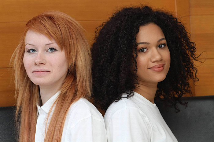 black-white-skin-twin-sisters-lucy-maria-aylmer-12