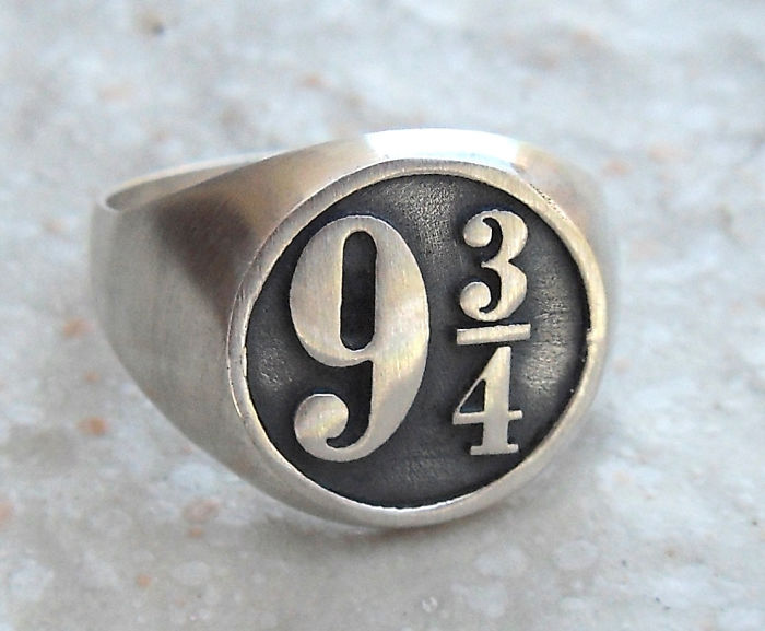 Harry Potter Platform 9 3/4 Ring