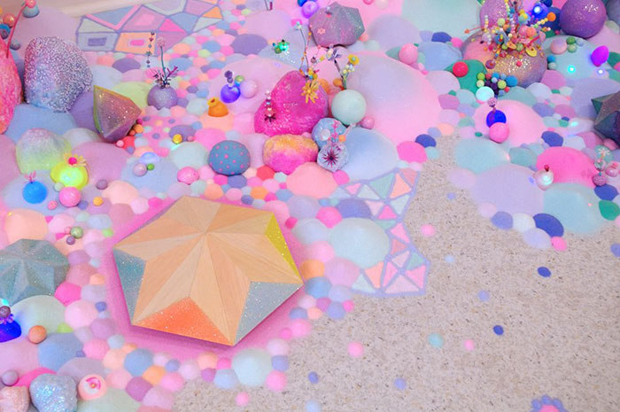 candy-floor-installation-pin-and-pop-tanya-schultz-4