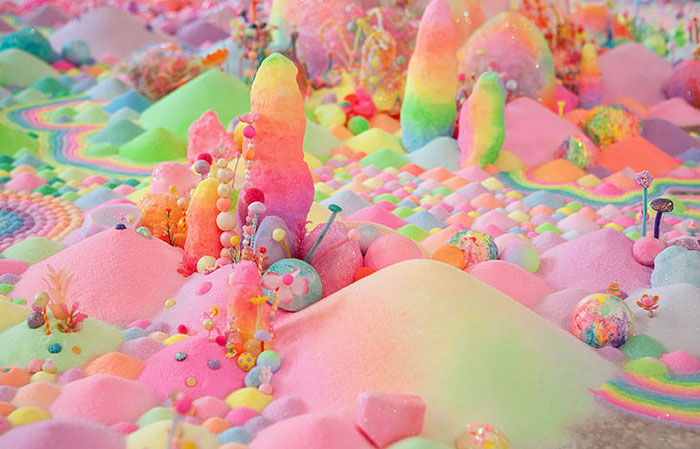 Artist Uses Thousands Of Candies To Turn Rooms Into Sweet Wonderlands