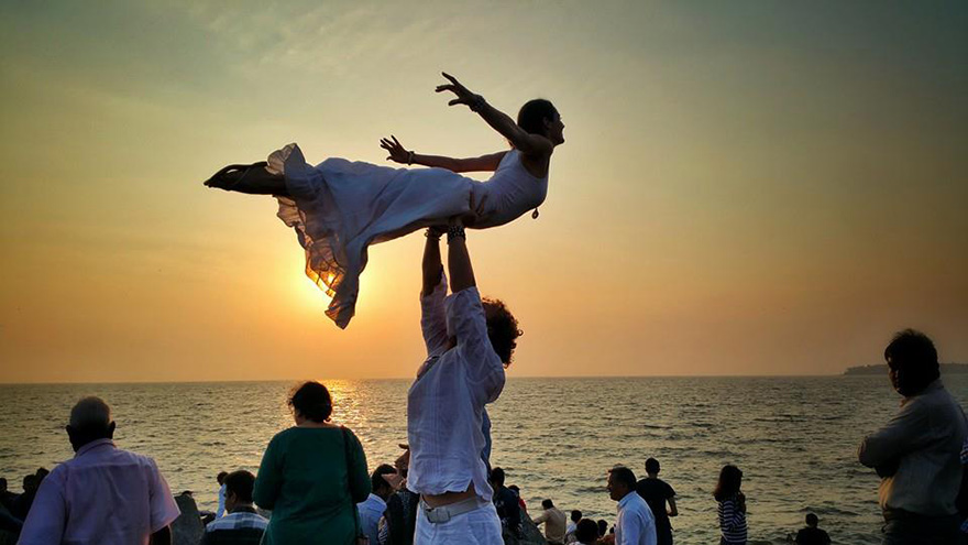 couple-wedding-around-the-world-travel-cheetah-rhiann-6