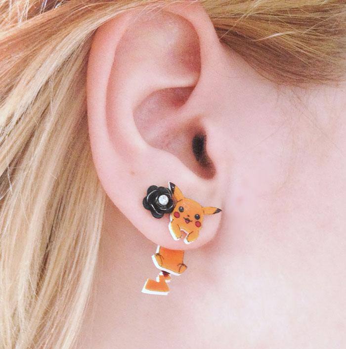 Clinging Pikachu