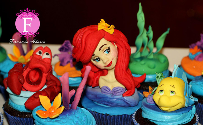 cupcake-art-movie-characters-sugar-sculptures-animator-fernanda-abarca-cakes-18