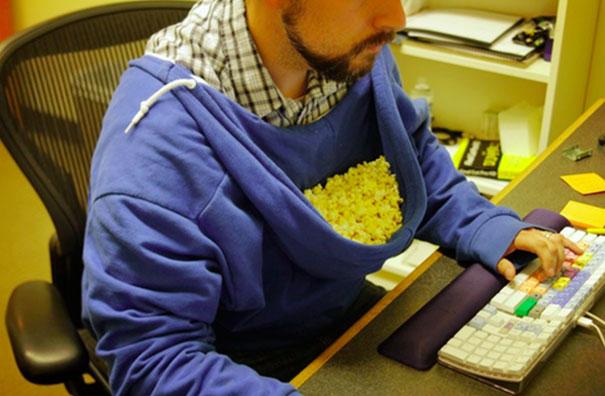 Lazy Popcorn Eater