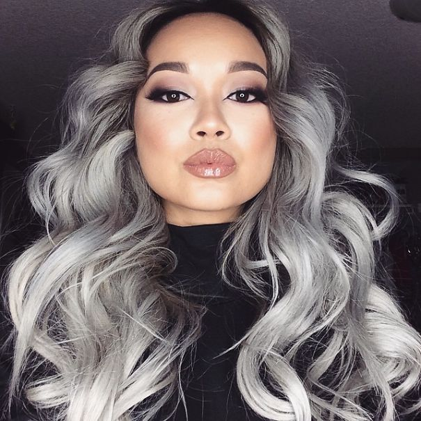 Super Granny39 Hair Trend Young Women Are Dyeing Their Hair Gray Bored Short Hairstyles Gunalazisus