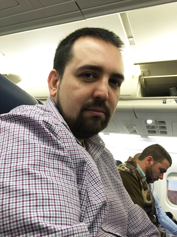 Guy Wins Free Trip To Puerto Rico But Couldn't Take His Wife, Doesn't Have Single Second Of Fun