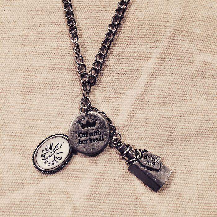 Alice In Wonderland Inspired Necklace Https://www.etsy.com/listing/224779348/alice-in-wonderlan