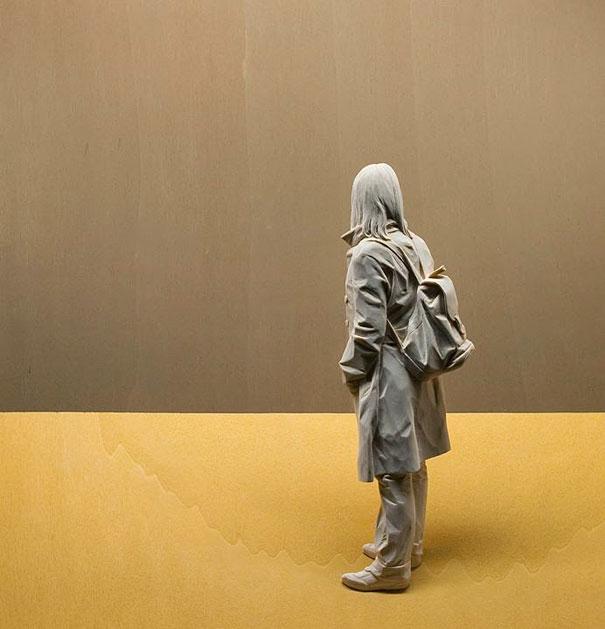 life-like-realistic-wooden-sculptures-peter-demetz-9