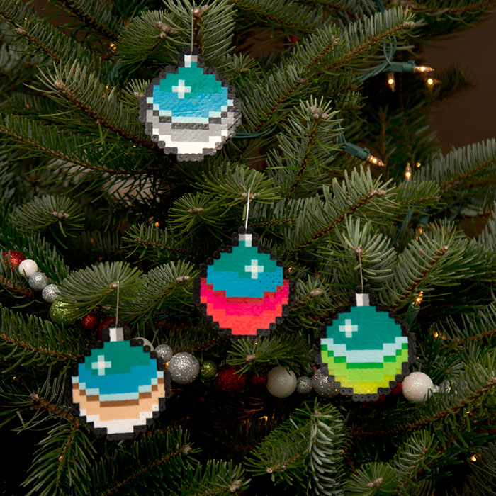 I Create Pixelated Christmas Ornaments For Your Retro Christmas Tree