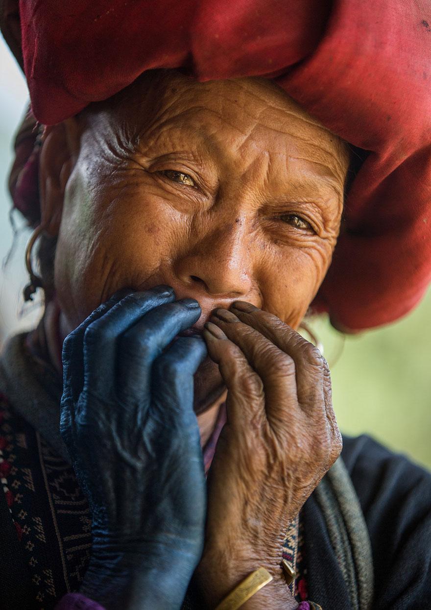 portrait-photography-hidden-smiles-vietnam-rehahn-3