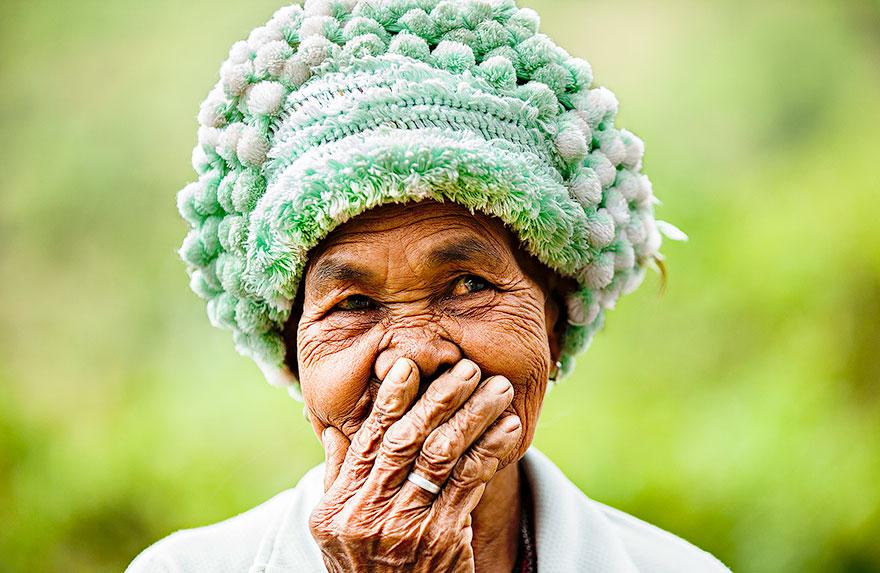 portrait-photography-hidden-smiles-vietnam-rehahn-4