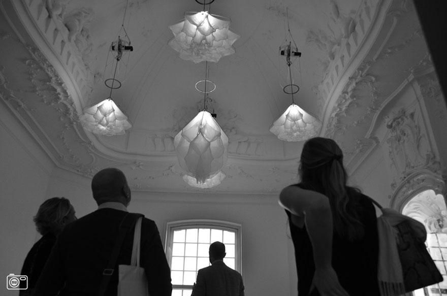 silk-flower-light-kinetic-sculpture-shylight-studio-drift-rijksmuseum-3