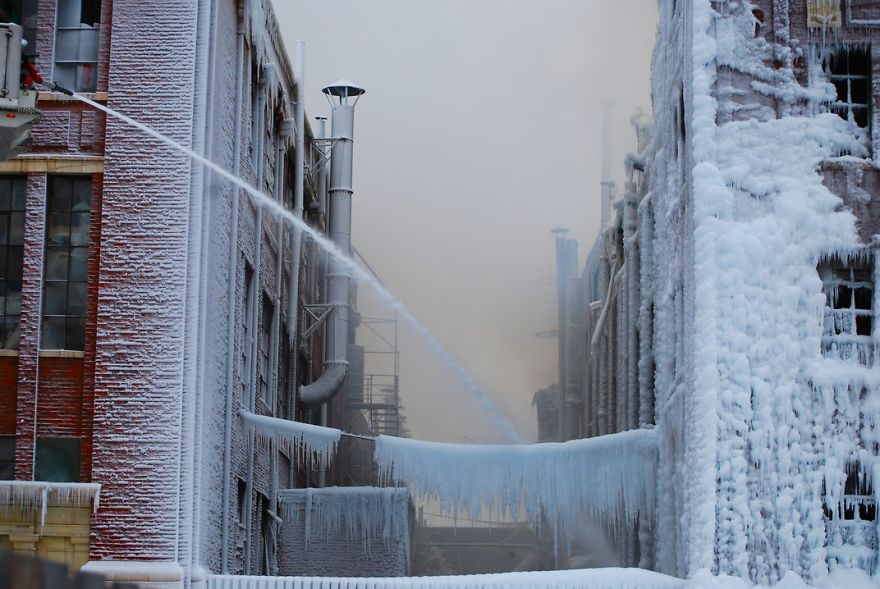 While Firemen Were Putting Out A Fire In Chicago, The Water Froze And Coated Everything In Ice, Chicago, Illinois