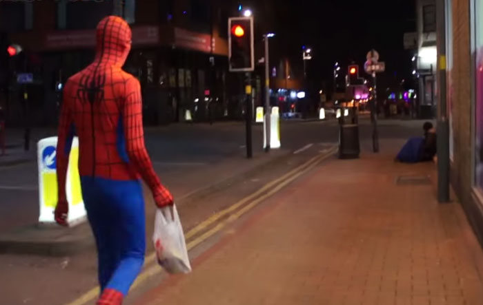 spider-man-helps-feeds-homeless-birmingham-uk-13