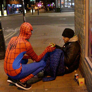 Anonymous Spiderman Feeds Homeless At Night, Shows Everyone Can Be A Hero
