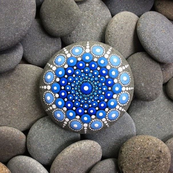 stone-art-mandala-elspeth-mclean-canada-14