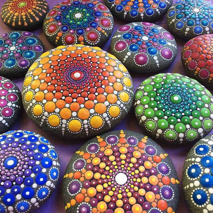 Artist Paints Ocean Stones With Thousands Of Tiny Dots To Create Colorful Mandalas