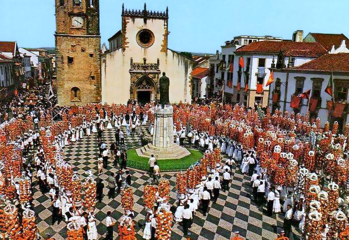 Festa Dos Tabuleiros (tomar, Portugal)