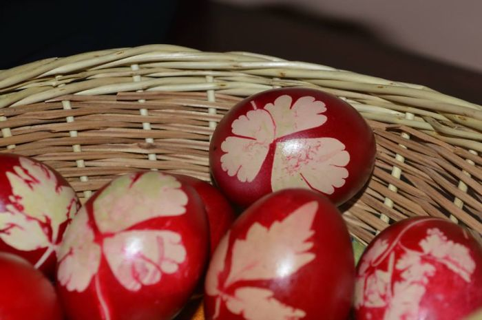 Traditional Romanian Egg Decorating