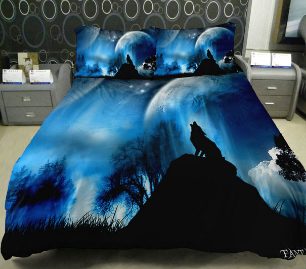 Wolf Howl Moonlight Bedding Set
