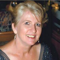 Julia Fenton