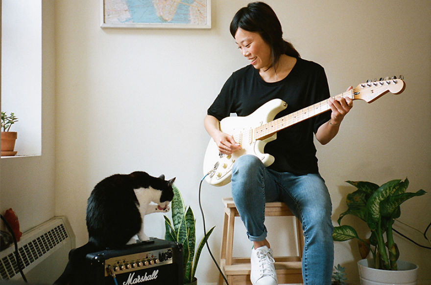 Girls And Their Cats: My Photos Of New York Women With Their Furry Companions