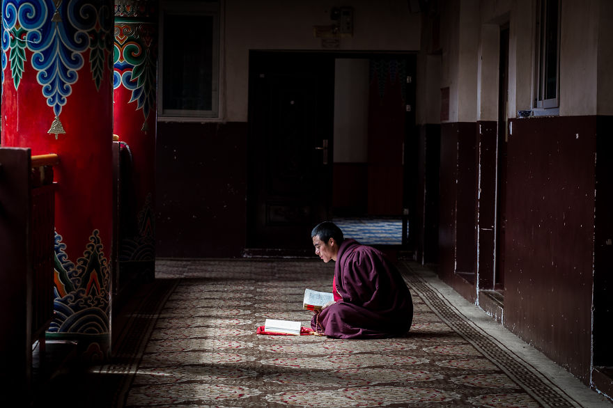 I Travelled To Sertar, A Place In China That Is Home To 40,000 Monks