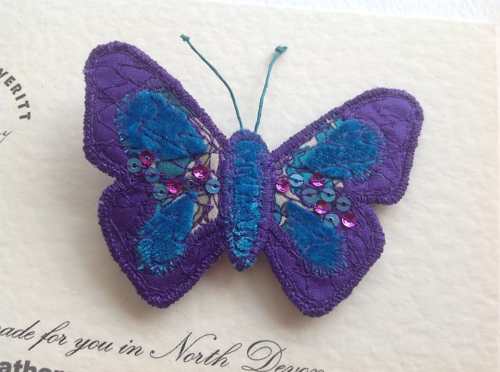 I Create The Insect World In Fabric And Thread !