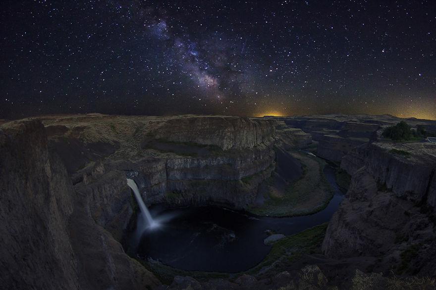 Palouse Falls Galaxy