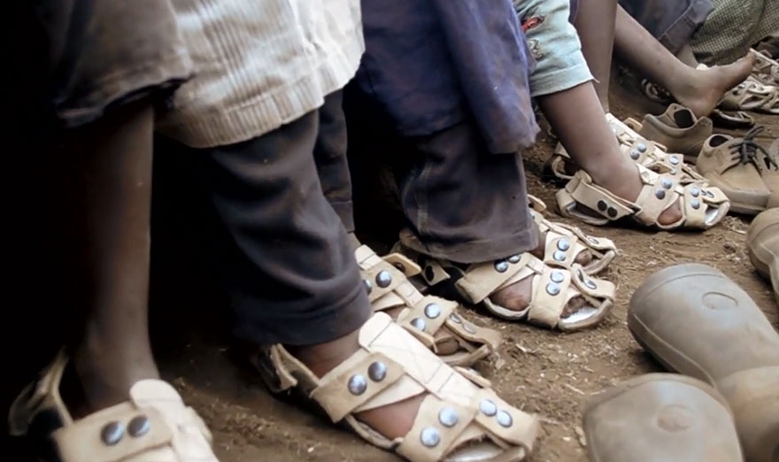Awesome Adjustable Sandal Poor Children The Shoe That Grows
