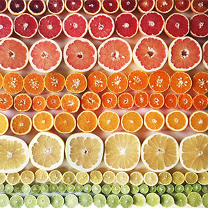 Photographer Arranges Foods In Beautiful Color Gradients That Will Soothe Your Soul