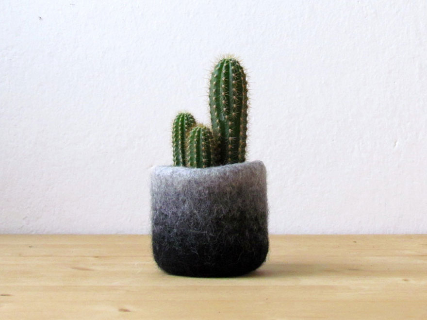 cute-felted-vases-animal-planter-stella-melgrati-20