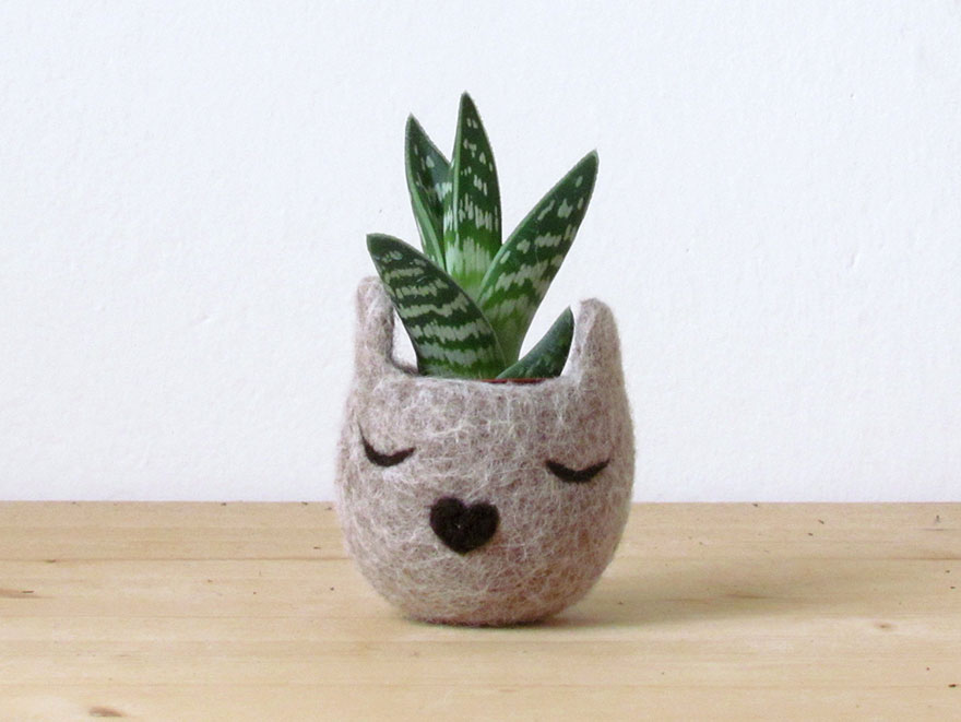 cute-felted-vases-animal-planter-stella-melgrati-22