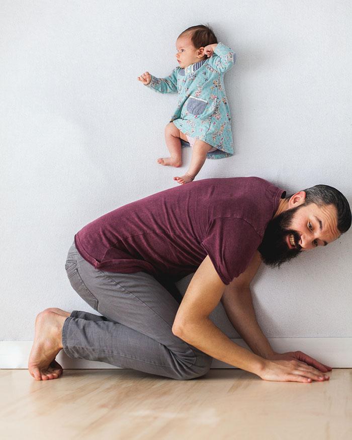 dad-baby-girl-playful-photography-ania-waluda-michal-zawer-18