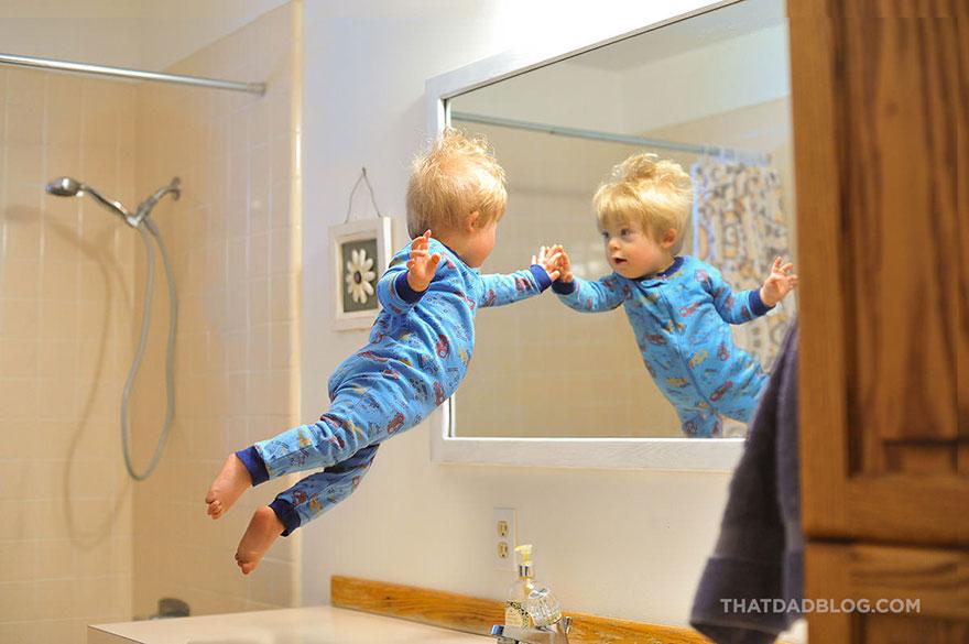 「空とぶ赤ちゃん」の写真を撮り続けたカメラマンのパパが伝えたいメッセージとはの画像2