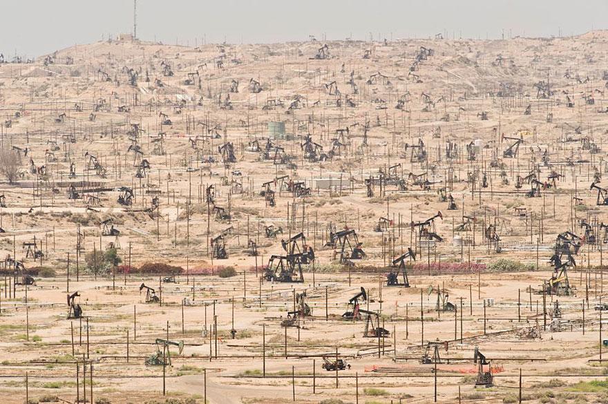 Ken River Oil Field, California (USA) – Exploited Since 1899