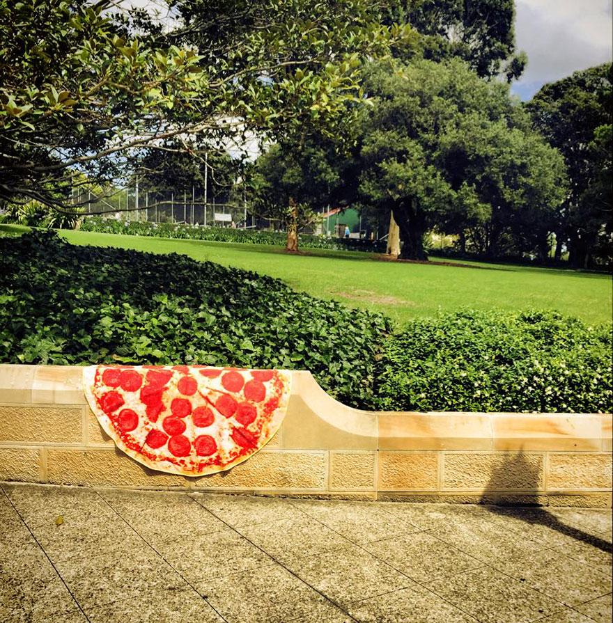 funny-pizza-towels-grant-barnes-7