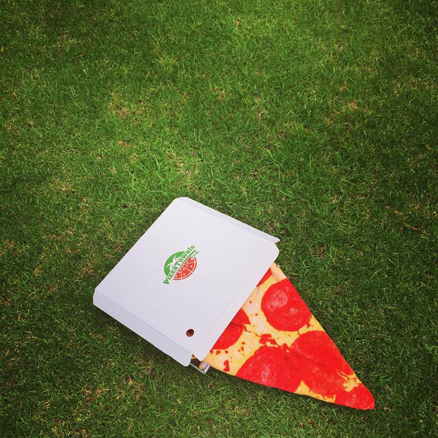 funny-pizza-towels-grant-barnes-8