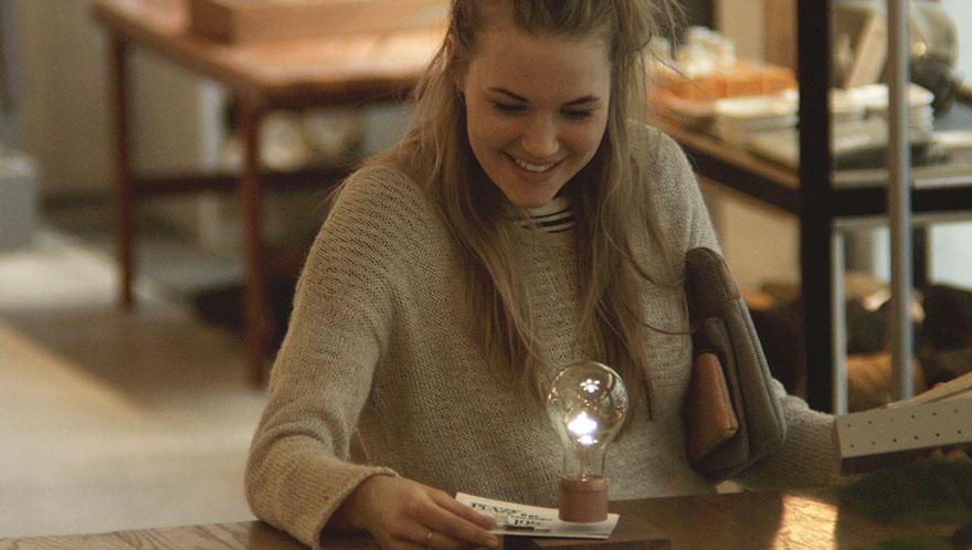 levitating-lightbulb-design-flyte-simon-morris-7