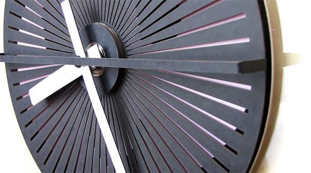 moire-optical-illusion-wallclock-zoltan-kecskemeti-2