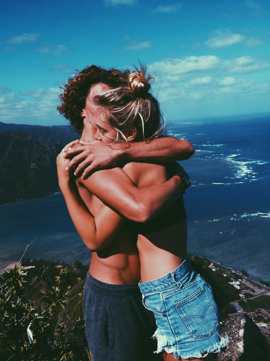 Couple Travels The World And Shows Us What A Fairytale