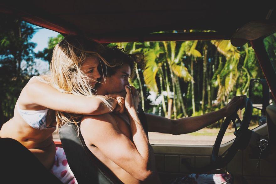 photographer-model-surfer-couple-travels-world-jay-alvarrez-alexis-ren-4