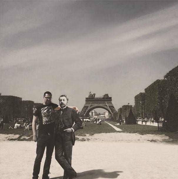 photoshop-eiffel-tower-tourist-photo-sid-frisjes-12
