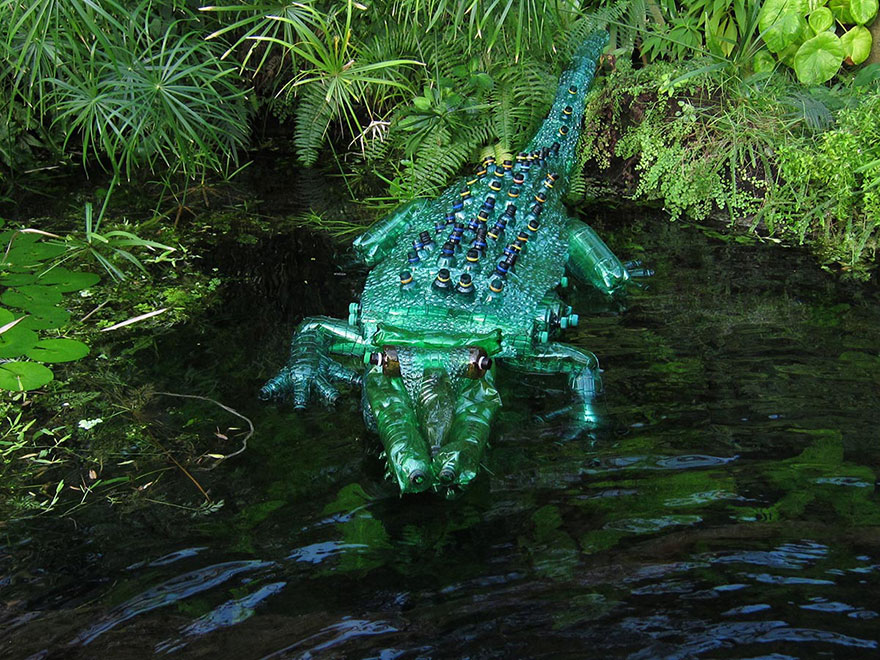 recycled pet plastic bottle plant and animal sculptures by