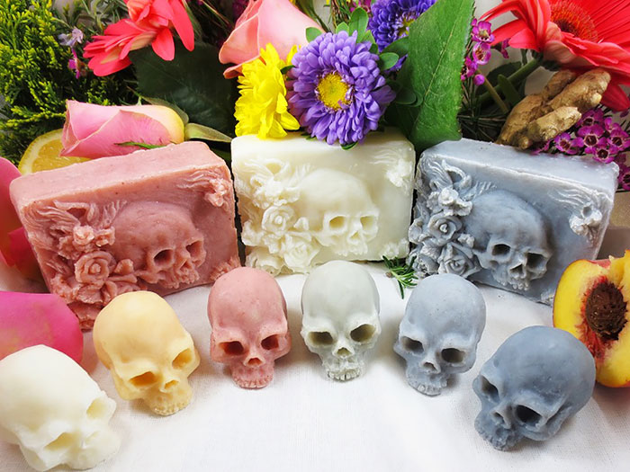 Hand-Made Soap Skulls To Remind Us That We Can't Escape Death