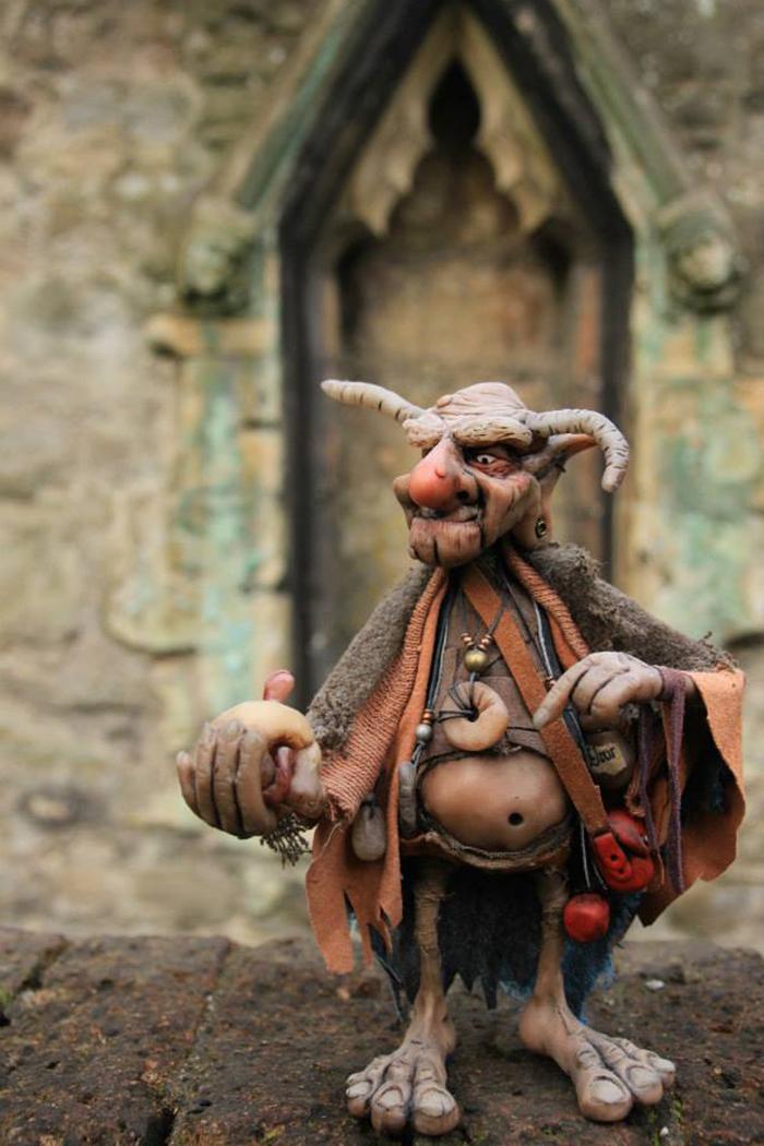strange-creatures-sculptures-gnomes-18