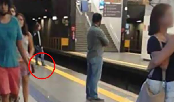 subway-metro-yellow-line-viral-photo-brazil-25
