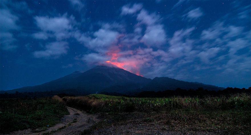 """Guatemalan Volcano"""" Volcan De Fuego"""""""