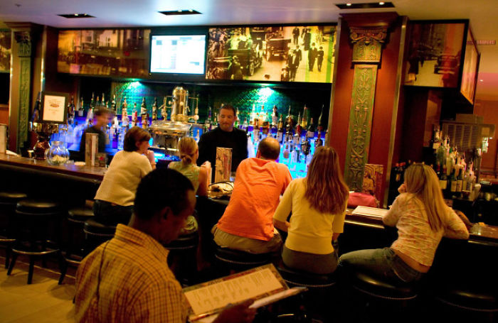 14 Things Everyone Who Has Worked In A Bar Knows To Be True