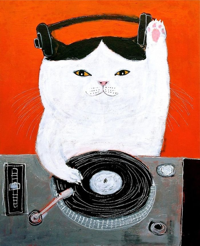 Spin Me Some Sum Bass Kitty